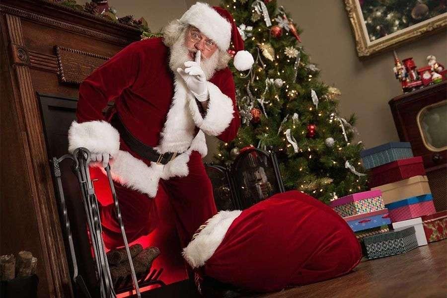 ¿Por qué Papa Noel baja por una chimenea?